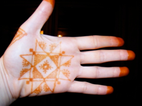 henna 8 pointed star